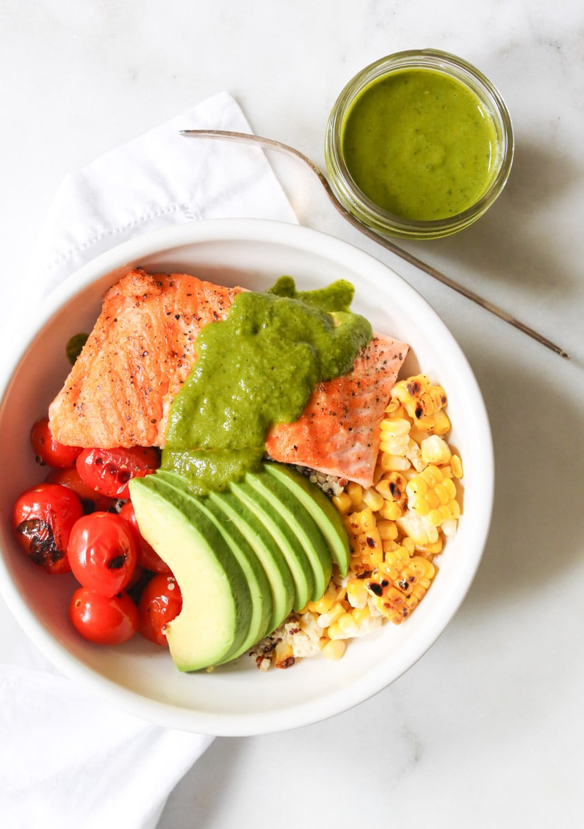 Summer-Quinoa-Bowl-with-Grilled-Salmon-and-Basil-Vinaigrette-4