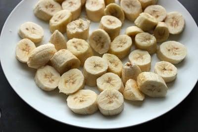 one-ingredient-frozen-banana-ice-cream-step-by-step-recipe