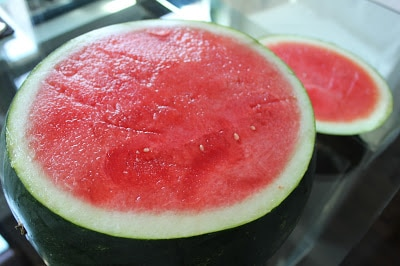 sparkling-watermelon-punch-bowl-with-vodka-step-1