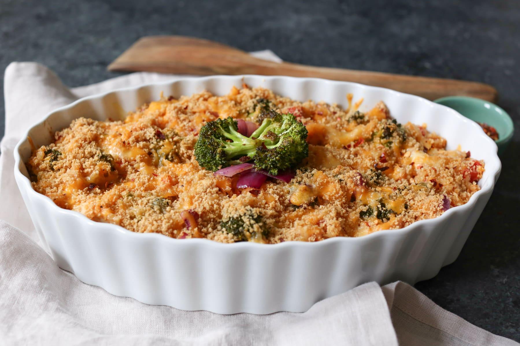 Roasted-Broccoli-Chicken-Cheddar-Quinoa-Bake-6