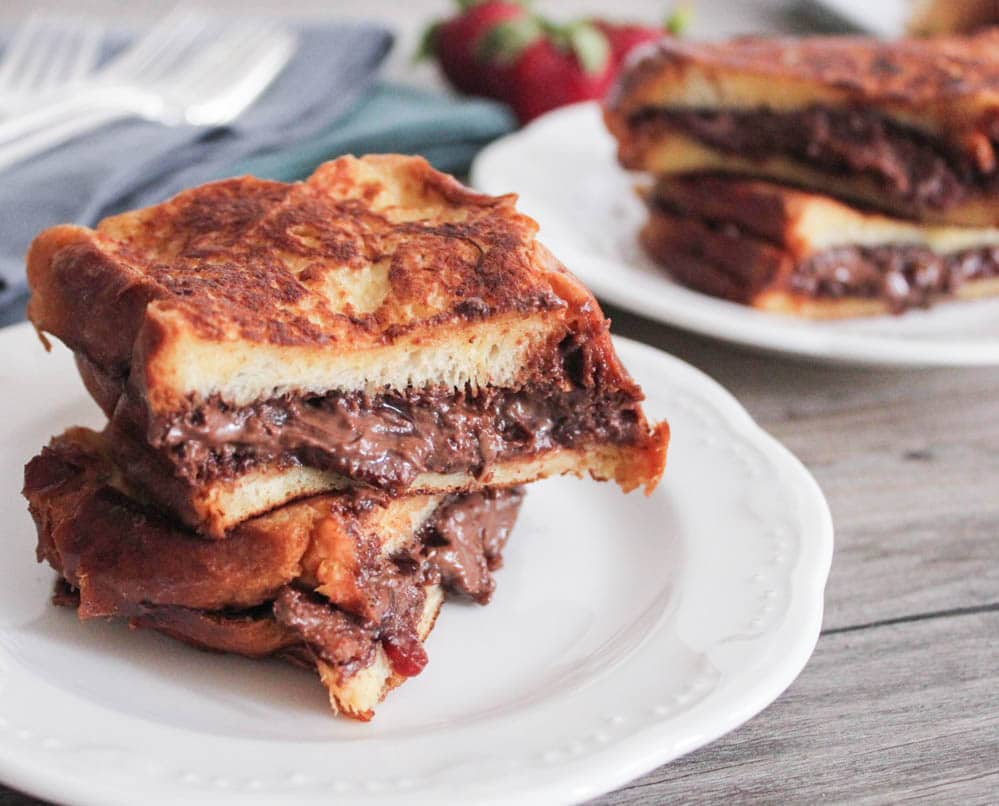 nutella-and-bacon-stuffed-french-toast-5