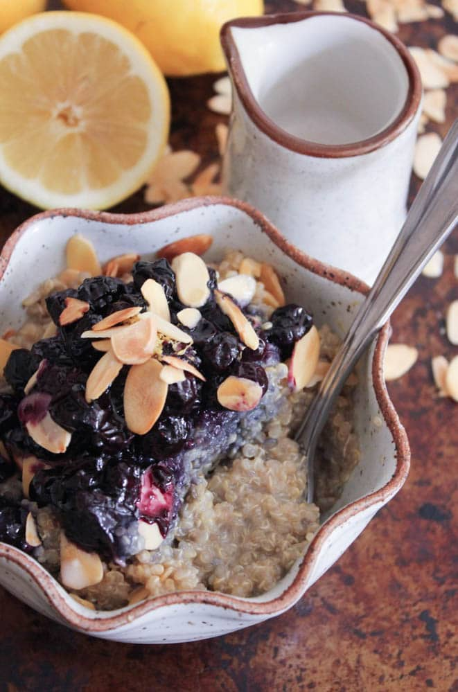 vegan-lemon-breakfast-quinoa-with-toasted-almonds-and-blueberry-compote-4
