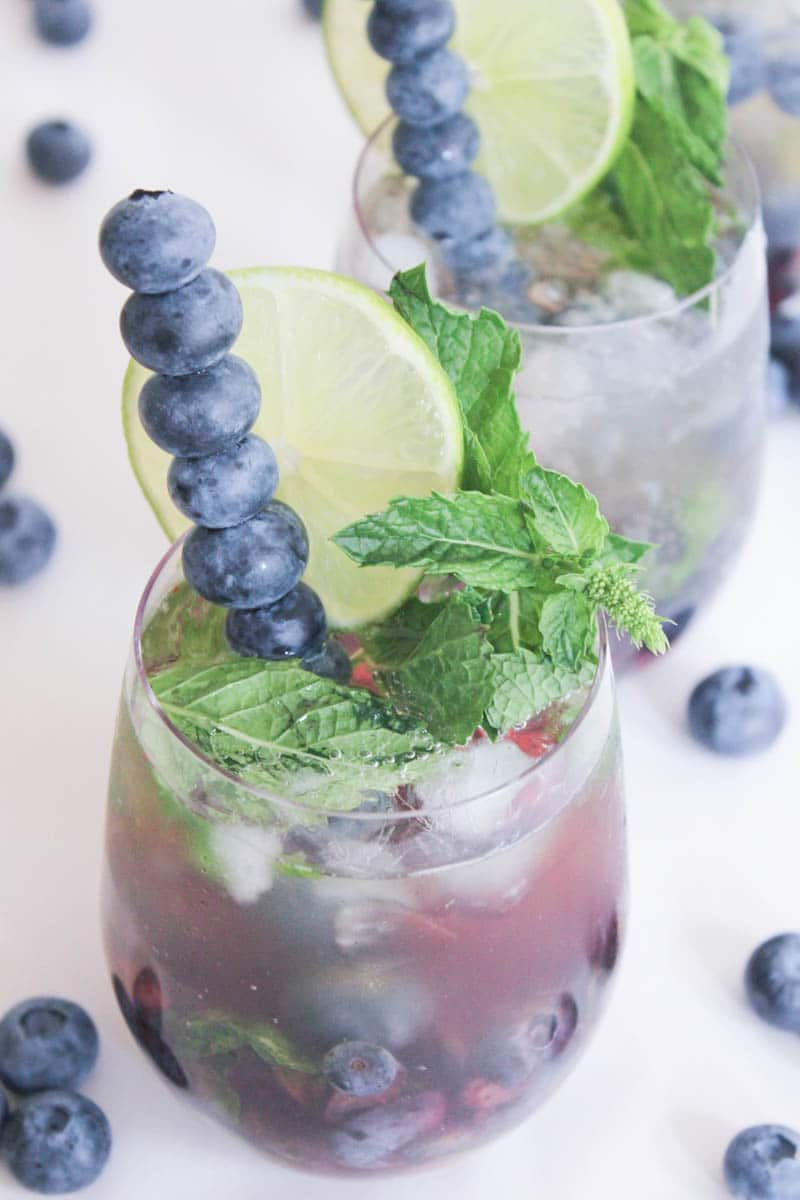Blueberry-Mojito-Royale-with-Champagne-7