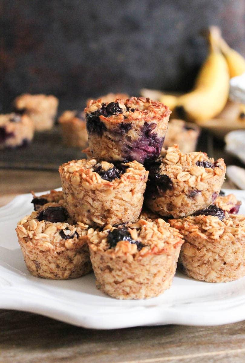 gluten-free-blueberry-banana-baked-oatmeal-bites