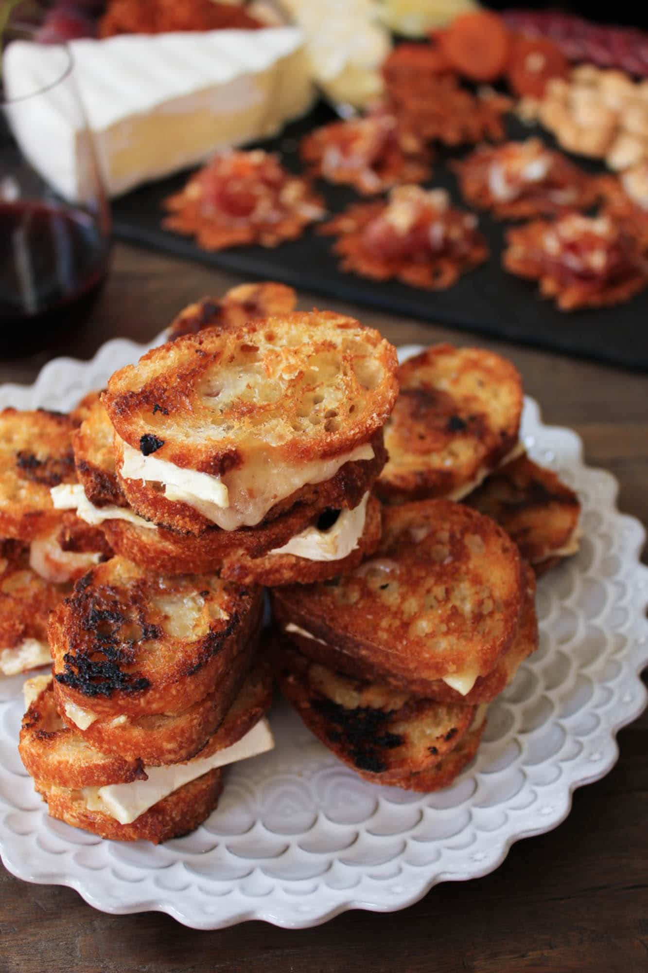 Brie-and-Candied-Bacon-Grilled-Cheese-Bites-5 (1 of 1)