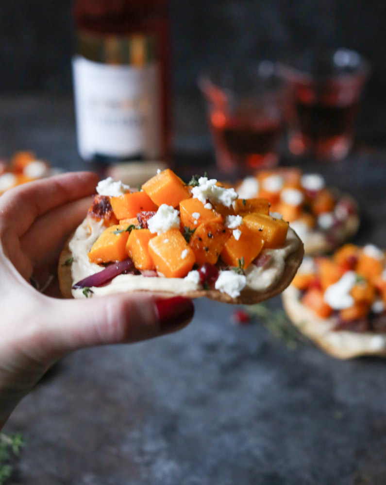 butternut-squash-tostadas-with-hummus-and-goat-cheese-5